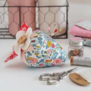 Maxi Strawberry Pincushion - Down Grapevine Lane